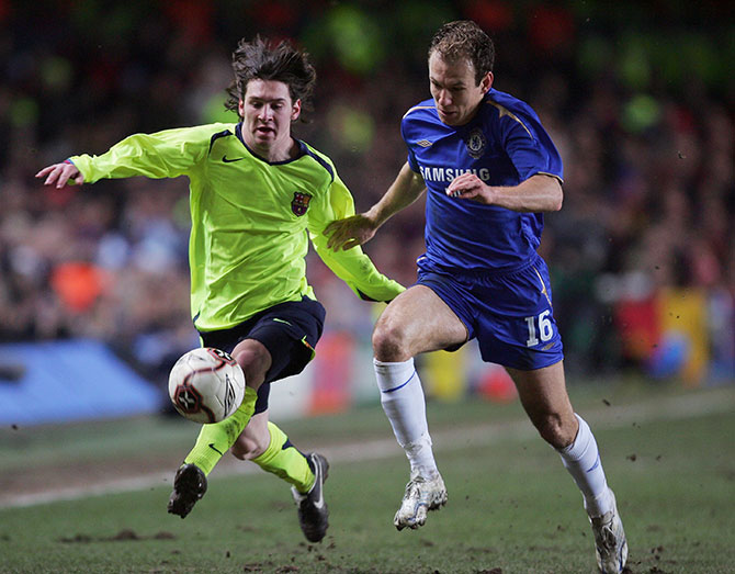 Lionel Messi and Arjen Robben in a club-level match during 2006. Photo: Getty Images