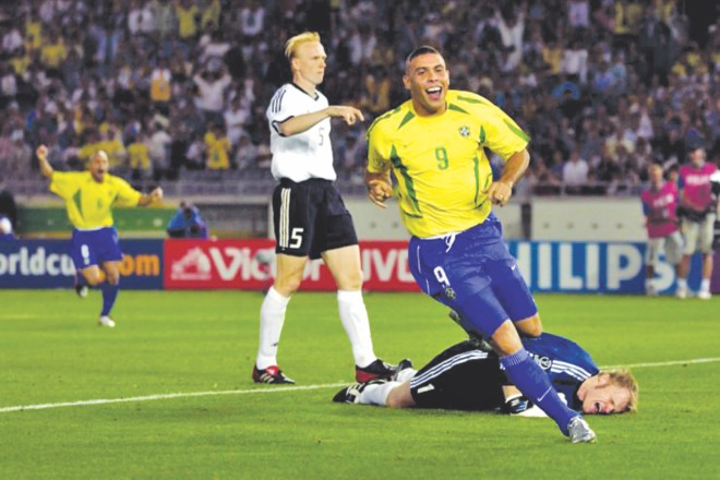 Ronaldo made Oliver Kahn moan in agony by beating the great German goalkeeper twice in the final of the 2002 World Cup. PHOTO: DAILY STAR ARCHIVE