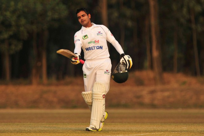 Walton Central Zone's Shamsur Rahman may well be on his way to stake his claim as a Test opener with his authoritative 229 not out against Islami Bank East Zone in the National Cricket League on Monday. PHOTO: FIROZ AHMED