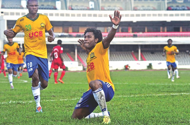 Sheikh Jamal forward Sony Norde celebrates one of his two goals during their 4-1 drubbing of Sheikh Russel KC in their Bangladesh Premier League match at the Bangabandhu National Stadium. PHOTO: STAR