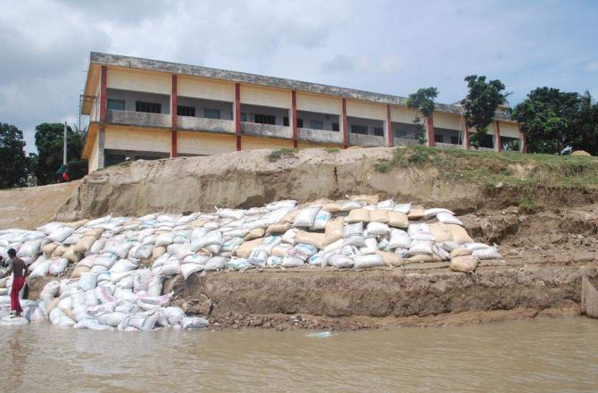 Padma about to devour two Pabna schools