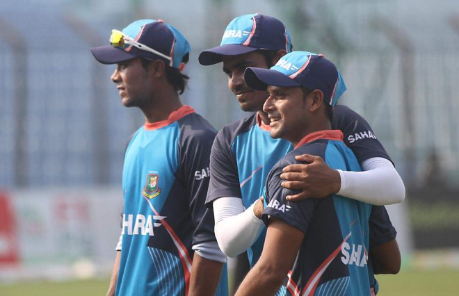 WAITING ON THE WINGS: Arafat Sunny (R) and Shabbir Rahman (L) are the two youngsters ready to don the national cap. And it is not unlikely that both or one of them will play Tigers' opening T20 match against Sri Lanka at Chittagong today. Photo: Anurup Kanti Das