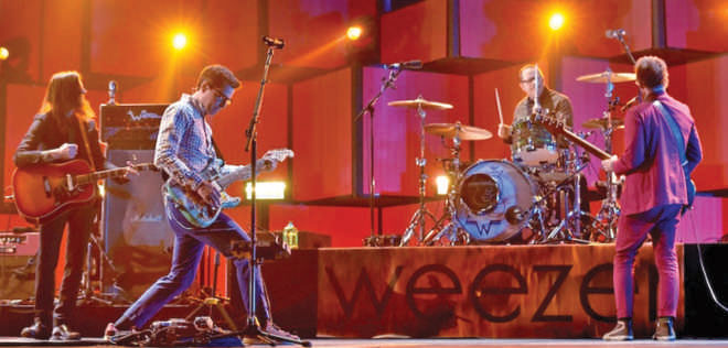 Everything Will Be Alright In The End, Weezer