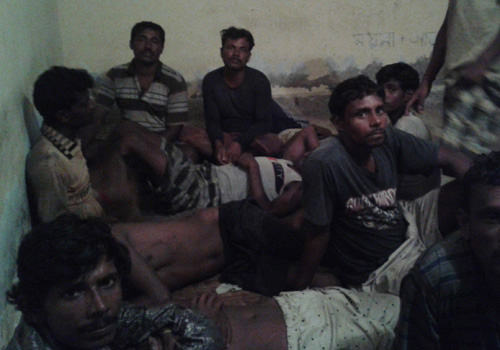 14 Indian fishermen held for intrusion