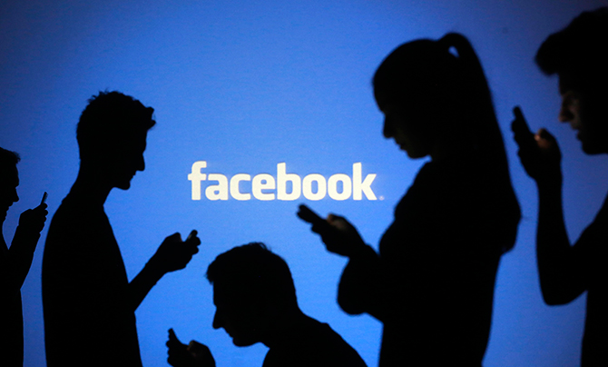 Hackers claim it is behind Facebook outages, other sites