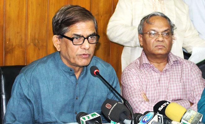 govt-is-bowing-to-polls-demand-fakhrul