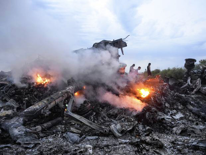 Debris of the Boeing 777, Malaysia Arilines flight MH17, which crashed during flying over the eastern Ukraine region near Donetsk. Photo: The Independent