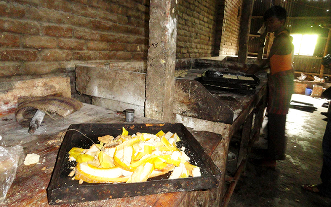 Toxic chemical is being used to enhance colour of food items in an illegal bakery at Durakutihat area in Lalmonirhat Sadar upazila. Photo: Star file