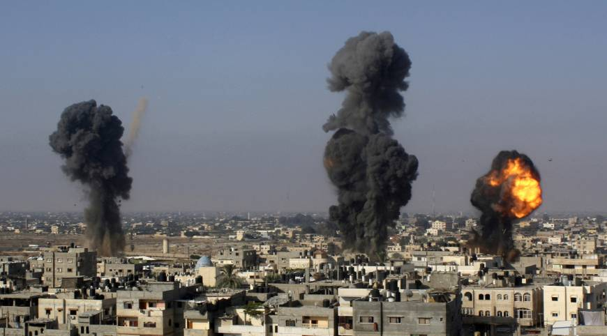 Israeli missiles hit smuggling tunnels between Egypt and Gaza, in Rafah, the southern Gaza Strip. Photo: AP/File