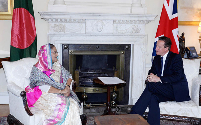 Prime Minister Sheikh Hasina meets her British counterpart David Cameron at the 10 Downing Street today. Photo: PID