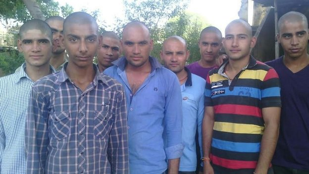 Indian villagers shave their heads to mourn dead monkey