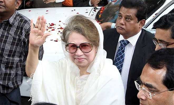Khaleda sets off for Joypurhat