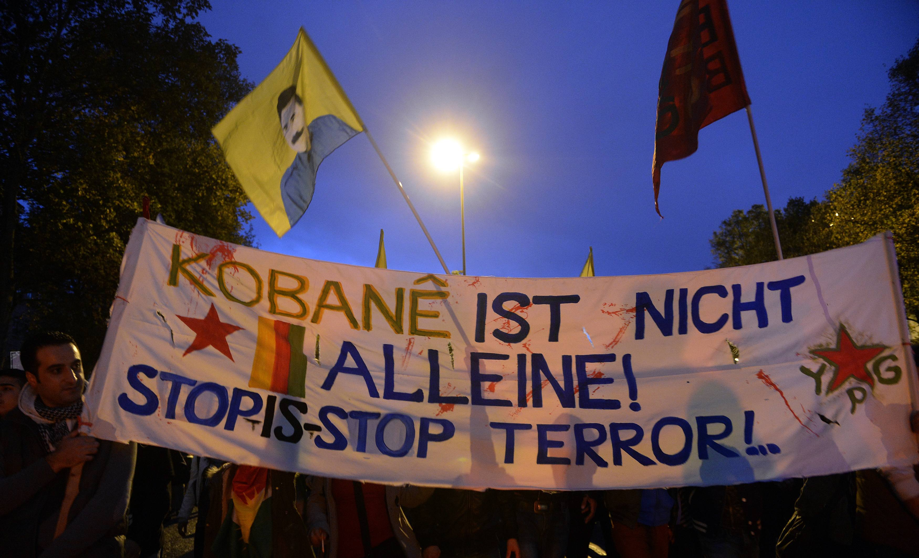 Kurdish people demonstrate in solidarity with the people of the Syrian Kursdish town of Kobani, in Hamburg, October 8. Photo: Reuters