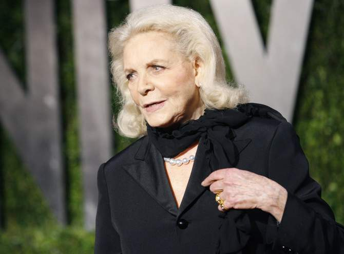 Actress Lauren Bacall arrives at the 2010 Vanity Fair Oscar party in West Hollywood, California in this March 7, 2010 file photo. Bacall has died at the age of 89, the estate of the Bogart family said on August 12, 2014. Photo: Reuters