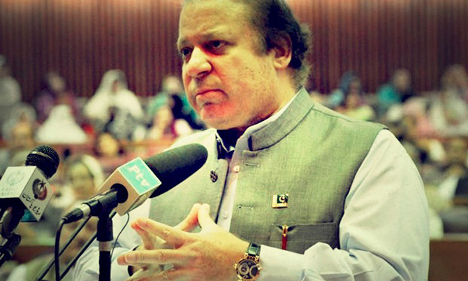 The prime minister will discuss the political crisis during the joint session. Dawn file photo