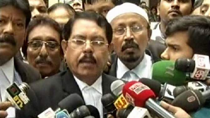 Abdullah Abu, public prosecutor, expresses dissatisfaction before the reporters over the verdict in Ramna Batamul carnage case. Photo: TV grab