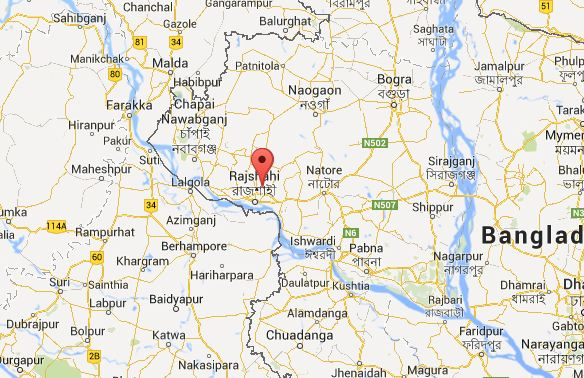 2 Shibir cadres beaten up for torching bus in Rajshahi
