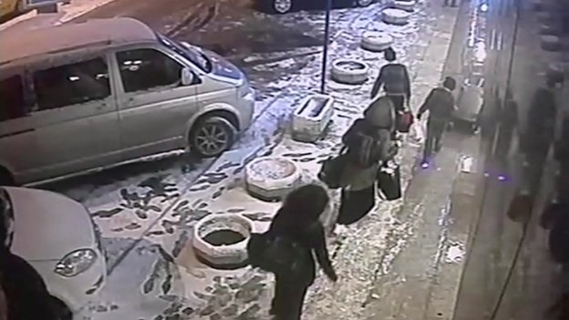 CCTV shows UK girls en route to Syria