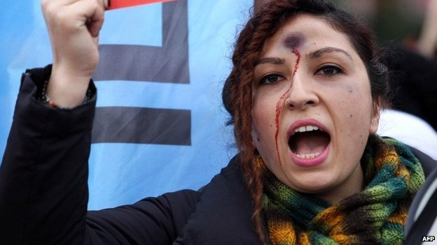 Turkey protests over murder of woman for 'resisting rape'
