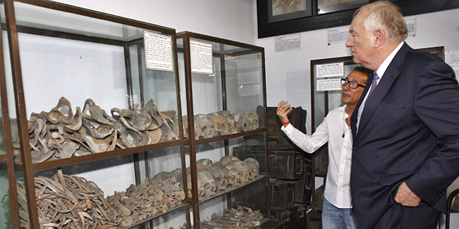 Stephen J Rapp, US ambassador-at-large for war crimes issues, looks at the remains of some of the country's martyrs at Liberation War Museum in the capital on Monday, accompanied by Akku Chowdhury, a freedom fighter also a trustee of the museum. Photo: Star