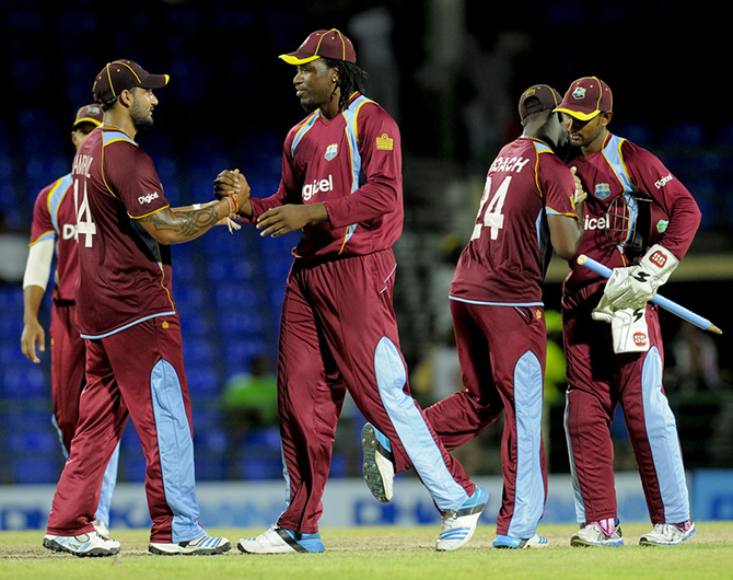 West Indies celebrate their 3-0 sweep, West Indies v Bangladesh, 3rd ODI, Basseterre, St Kitts, August 25, 2014. Photo: WICB Media