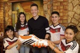 Not Gaza children, Özil helps sick Brazil kids with World Cup money