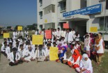 Satkhira medical students stage sit-in on highway