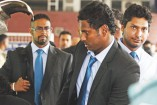 Sri Lanka arrive to subdued reception