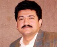 Pak journo Hamid Mir hurt in gun attack