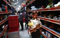 Online grocers come up trumps in India's e-commerce boom