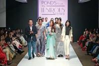 "MALAIKA ARORA KHAN at ""Pond's presents The Lustrous Runway"""