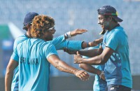 Lankans, Kiwis meet in 'quarterfinal' today