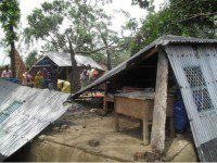 1 killed, 500 houses damaged as storms lash Pabna, Jhenidah