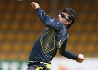 Pakistan spinner Ajmal banned over bowling action