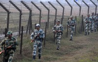 India hasn't ordered sealing borders, Dhaka says