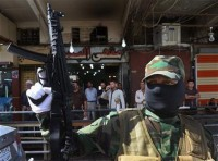 Western Iraq towns fall to militants
