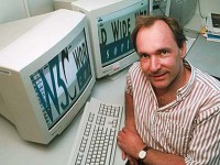 'Father of Internet' calls on users to defend it
