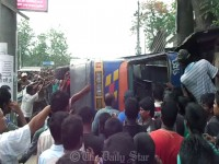 4 killed in Meherpur road accident