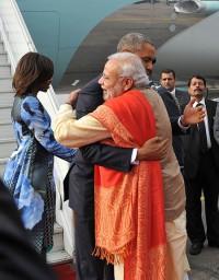 Modi breaks protocol for Obama