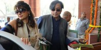 Tharoor taken to hospital after wife's death