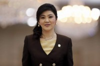 Thai court orders PM Yingluck to quit